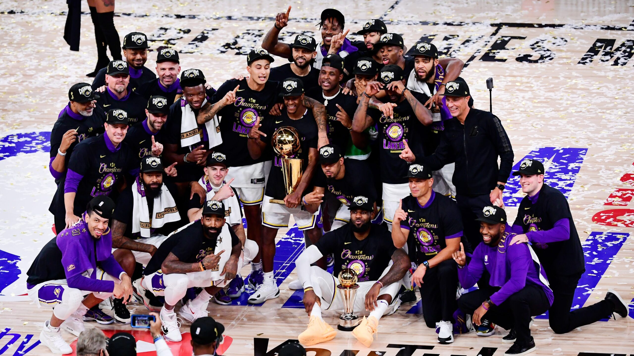 I Los Angeles Lakers festeggiano il titolo NBA 2019/20